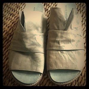 Kelsi Dagger Slide Sandals